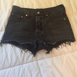 Levi's Cut-off Wedgie Shorts, Size 4/27